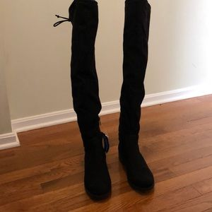 Unisa black suede over the knee boots size 7m